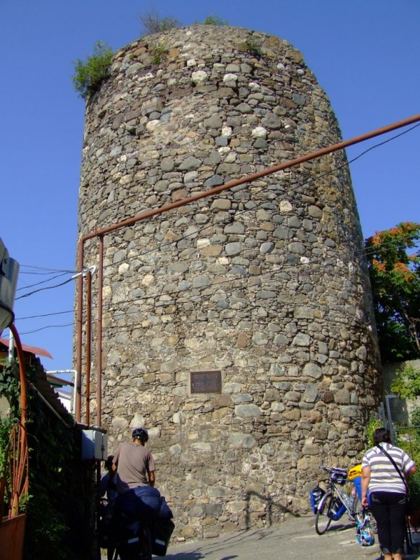 Zamek w Ałuszcie