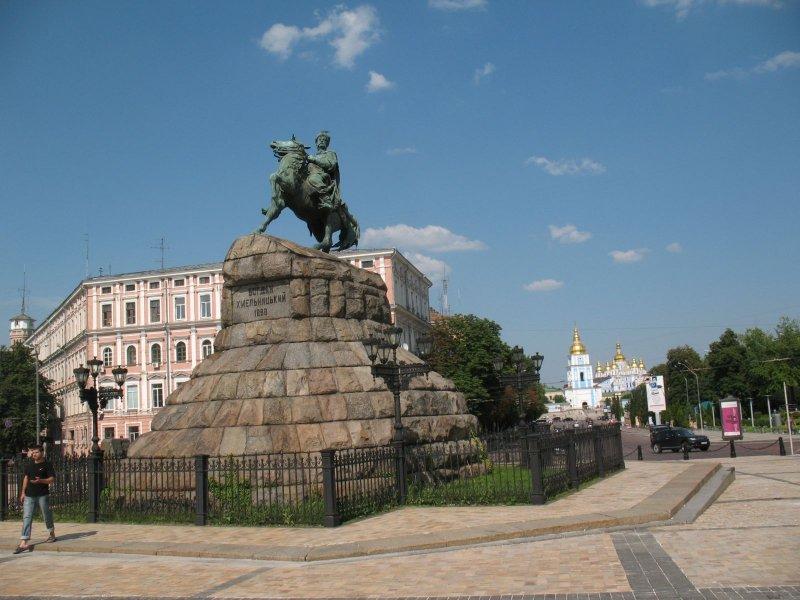 Nie, to nie jest Jan III Sobieski na Targu Węglowym