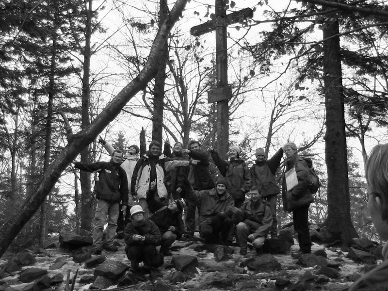 My na Łysicy (612) - najwyzsze wzniesienie 'gór wklęsłych'