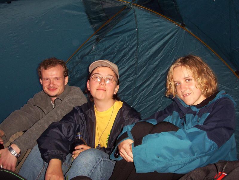 jak padało siedzieliśmy pod altanką