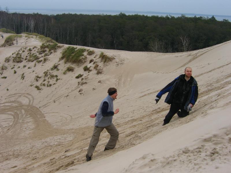 kiedy byłem, kiedy byłem małym chłopcem bardzo chcialem bardzo chciałem w piasku turlać się