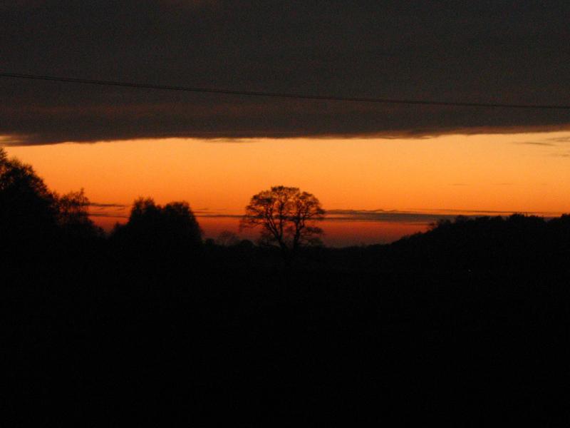 Jedni mieli zachód słońca nad morzem (zielony podobno) inni nad sawanną