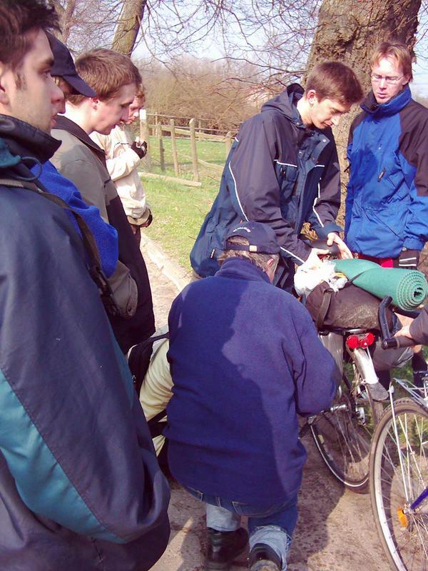 Tylko dzięki doświadczeniu starych wyjadaczy rowerowych, co to niejeden łańcuch zerwali,