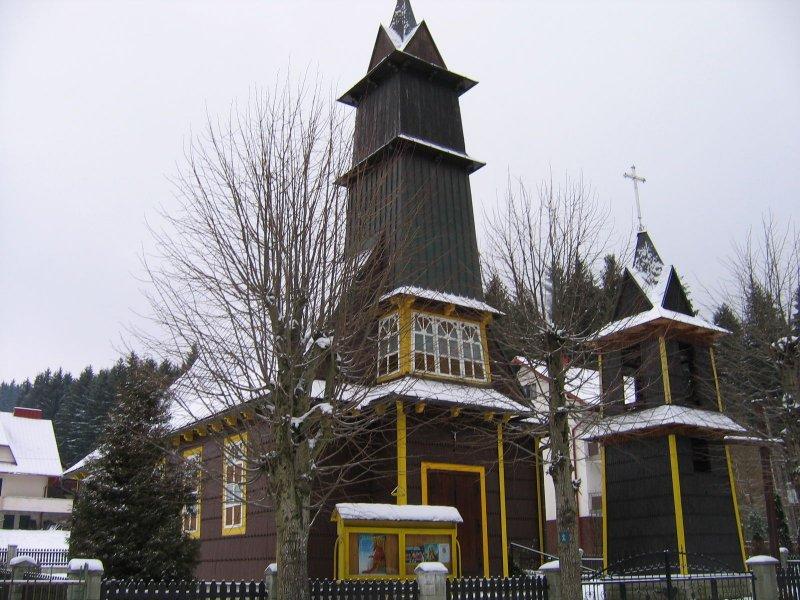a dzisiaj idziemy na Wielką Rycerzową. Kościół w Soblówce.