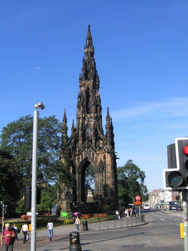 monument Waltera Scotta