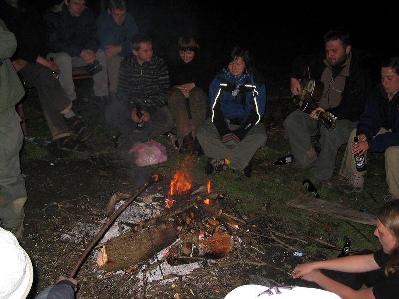 ognisko w zieloną noc