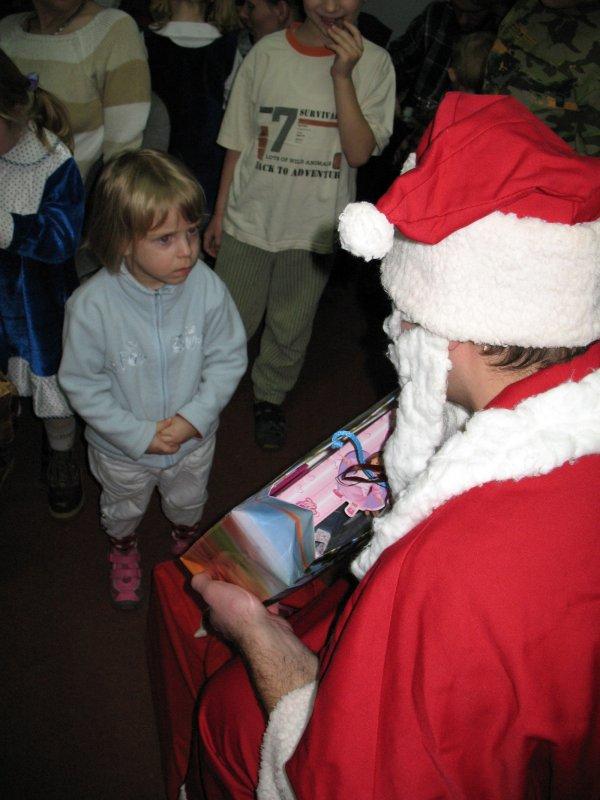 Dlaczego ten Mikołaj ma taką dużą brodę ?