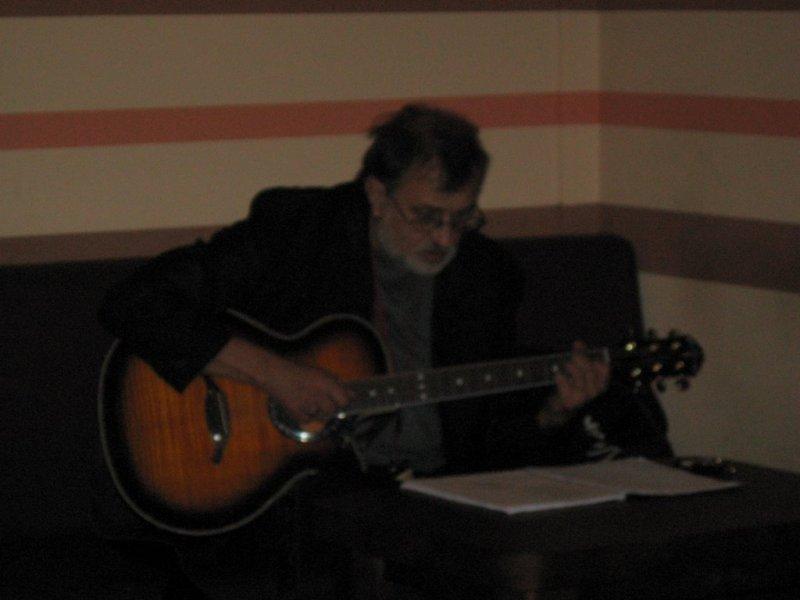 A na Bankiecie Piosenka w wykonaniu Grzesia Bukały