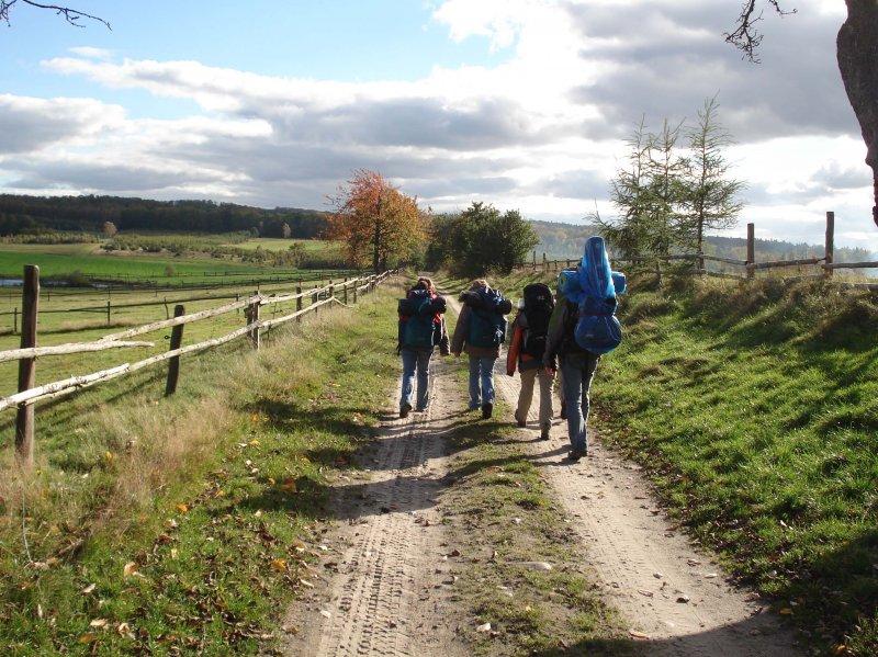 idziemy polami, łąkami, lasami ..:-)