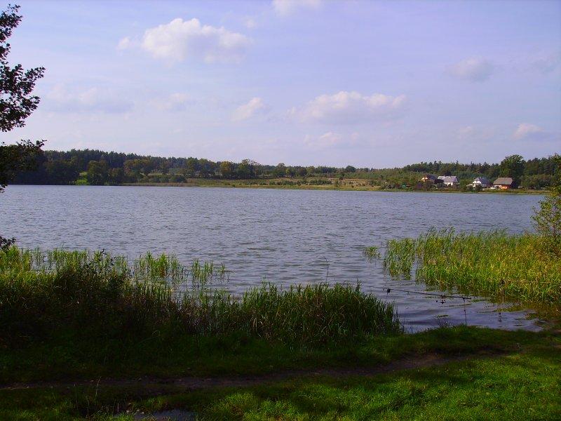 jeziorko z innego brzegu