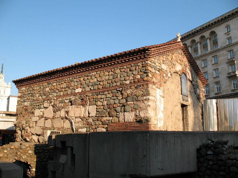 Cerkiew św.Pietki od dołu.