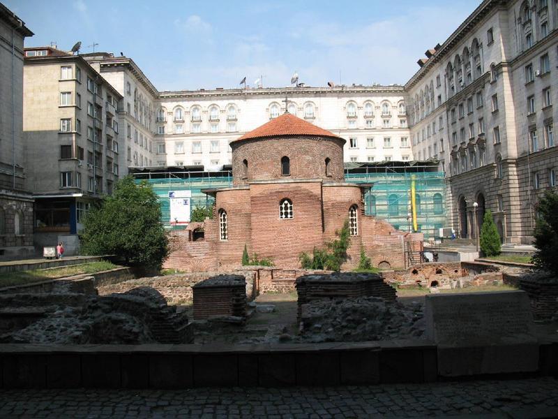 Cerkiew św.Jerzego na dziedzińcu Pałacu Prezydenckiego.