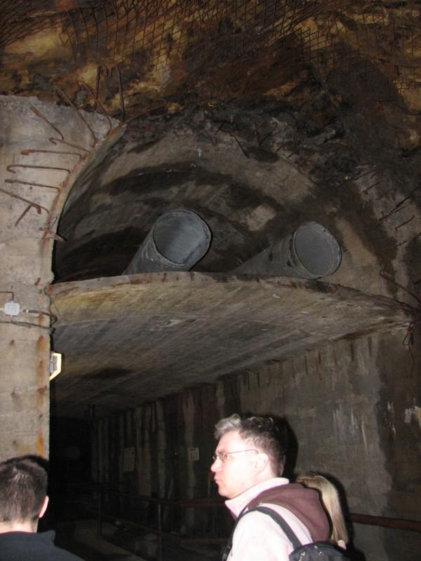 Przekrój poprzeczny tunelu
