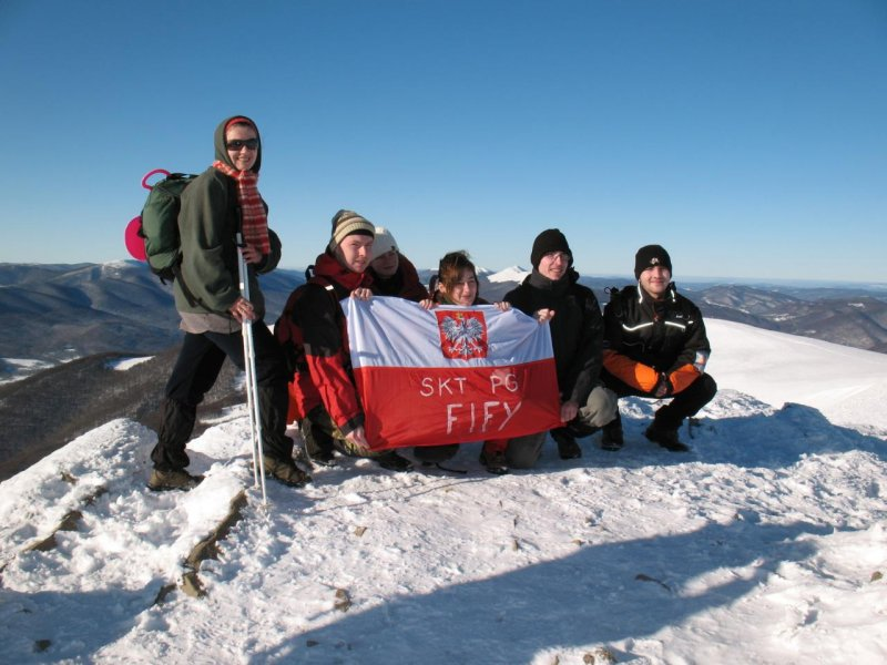 Nasi na Tarnicy. Pierwsze wejście zimowe z flagą fifową.