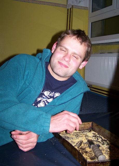 ...ale potem do ciasta dorwał się Rysiu...
