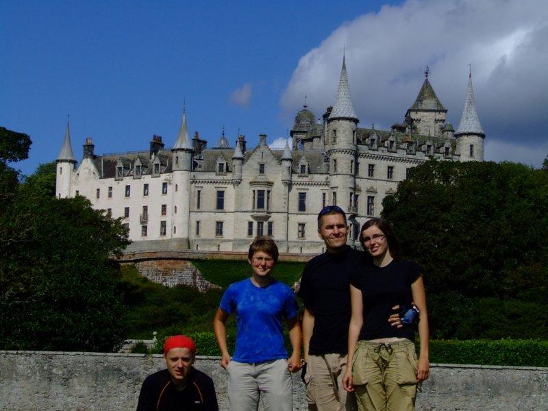 A za nami Dunrobin Castle